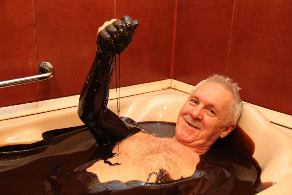 ванна из нефти